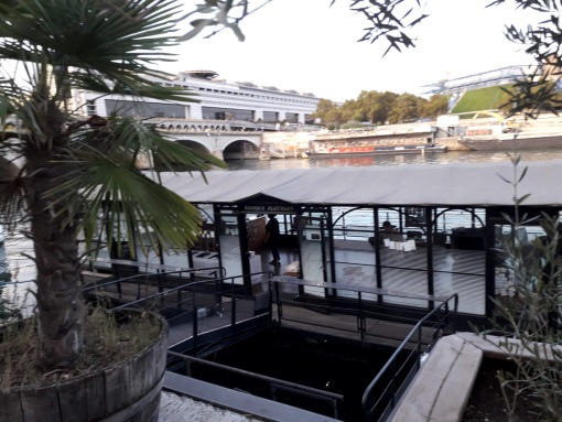 Kiosque Flottant